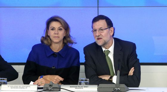 María Dolores de Cospedal and Mariano Rajoy, pictured on Monday.