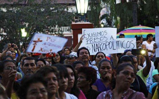 Apatzingán residents in a demonstration on Sunday.