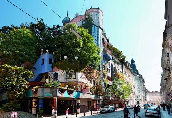 Hundertwasser-haus, Viena. Sus creadores la definieron como una casa en armonía con la naturaleza.