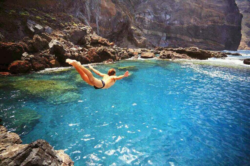 Chapuz n salvaje las mejores piscinas naturales en espa a for Piscinas naturales cerca de madrid