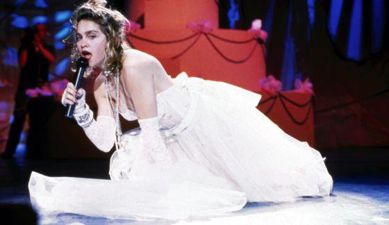 Madonna vestida de novia