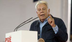 Former Socialist Prime Minister Felipe González rejected comparisons between himself and Podemos leader Pablo Iglesias.