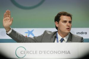 Ciudadanos leader Albert Rivera wants to see anti-corruption action from the PP and the PSOE before extending his support to either party.