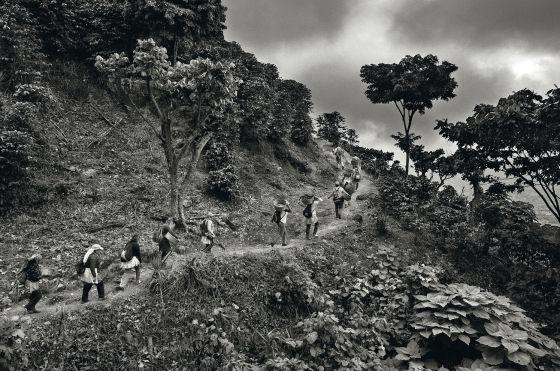 Carregadores em El Salvador.