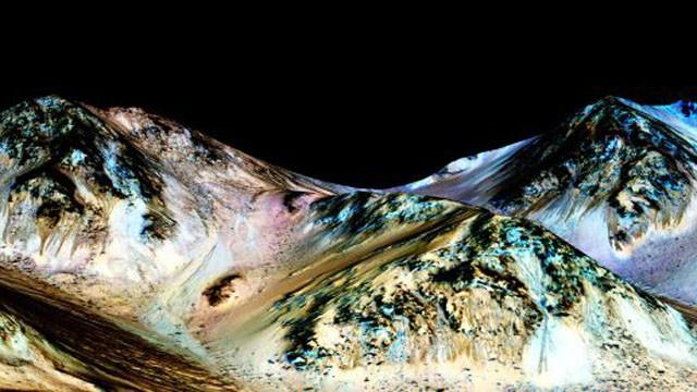 La NASA halla nuevas pruebas de agua líquida en Marte