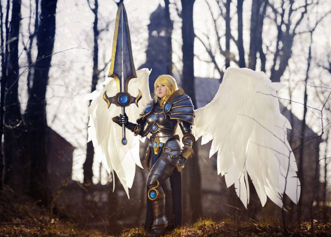 La cosplayer Shappi como un personaje del 'LOL'.