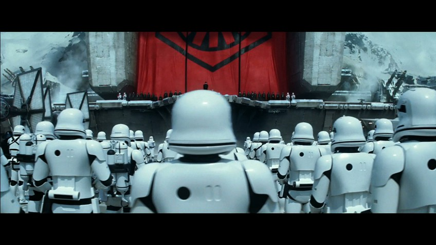 """George Lucas critica el tono """"retro"""" de la nueva película de 'Star Wars'"""