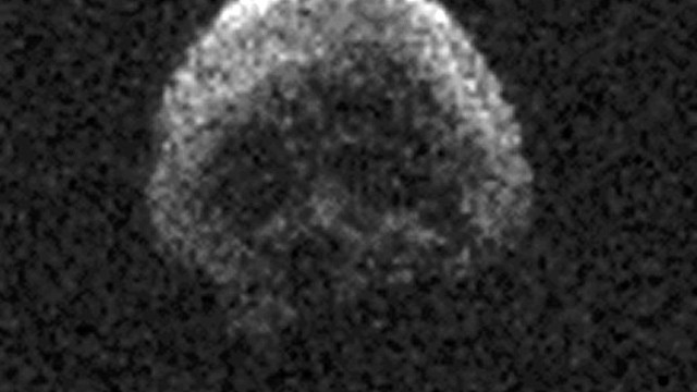 El 'asteroide de Halloween' tiene forma de calavera