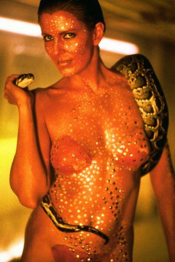 Joanna Cassidy in 'Blade runner' (1982), influence for Salma Hayek's dance.