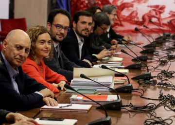 Socialists negotiating deal with leftist parties and Ciudadanos in parallel