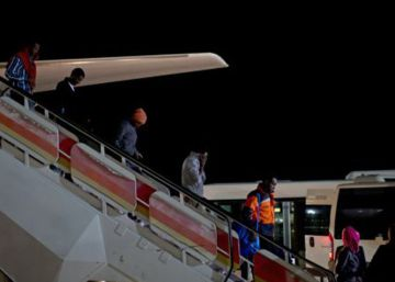 Spain welcomes first refugees from its European quota
