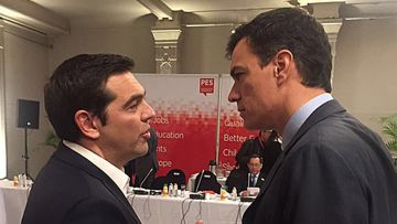 Tsipras (left) and Sánchez on Thursday.