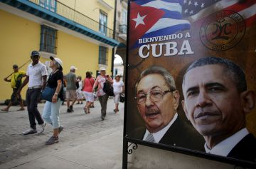 Photo gallery: Cuba prepares for Obama's visit (Spanish captions).