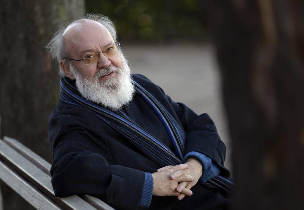 El director de cine José Luis Cuerda.