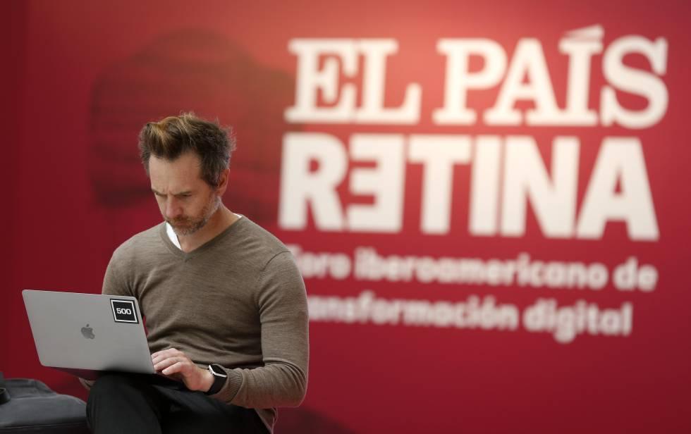 Un asistente al foro Retina, organizado por EL PAÍS.
