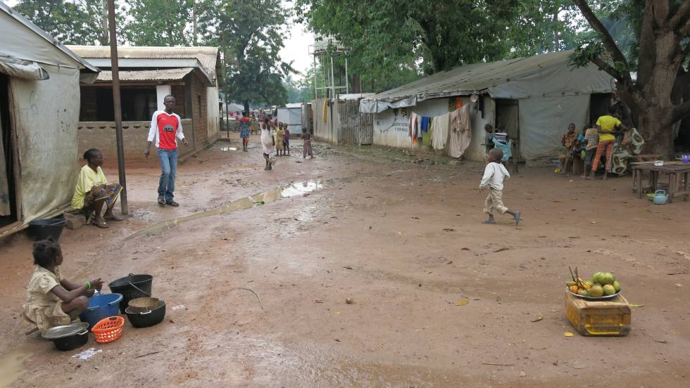 Campo de desplazados de Mukassa, Bangui, República Centroafricana, junio de 2016