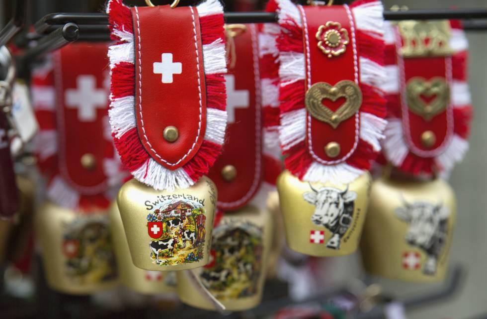 Miniaturas de los clásicos cencerros suizos.