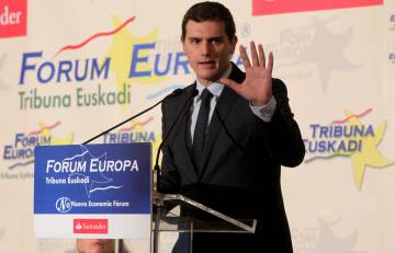 Ciudadanos leader Albert Rivera has told Sánchez that he will not be supporting him.