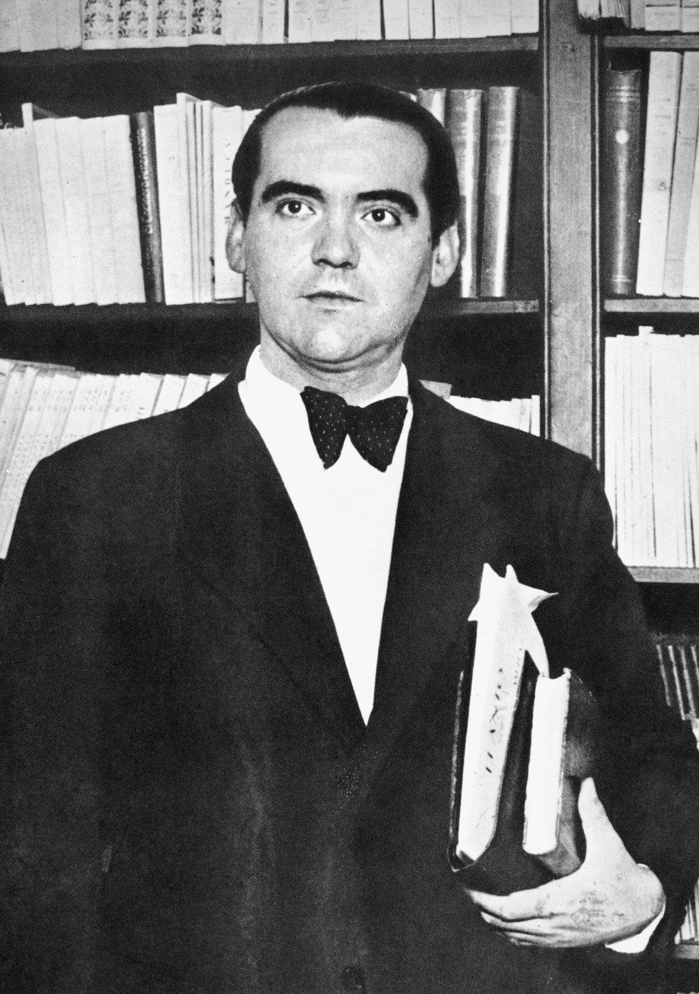 """El poeta vivió el 'crash' del 29 en Nueva York. En una conferencia-recital ofrecida en 1932, Lorca recordó las sensaciones que el desastre financiero provocó en él: """"Lo impresionante por frío y cruel es Wall Street. Llega el oro en ríos de todas las partes de la tierra y la muerte llega con él""""."""