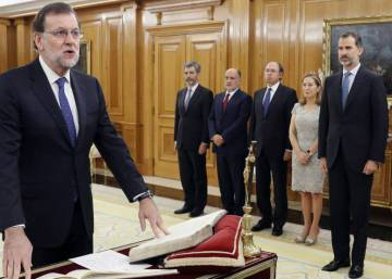 Deadlock over: Mariano Rajoy sworn in as Spanish prime minister