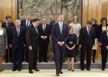 Spain's new Cabinet suggests few changes to major policies