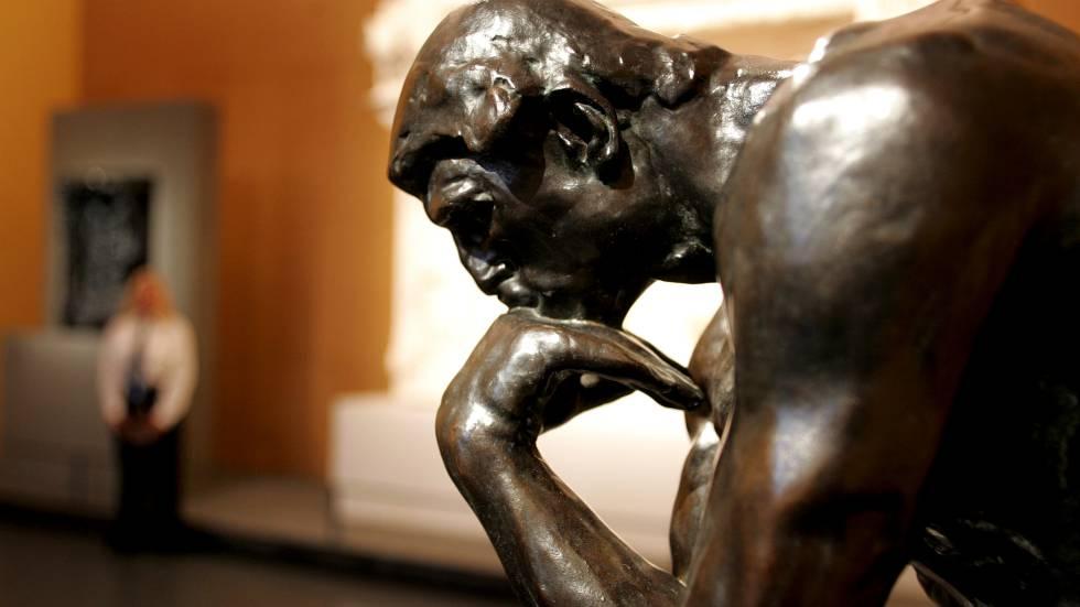 """""""El pensador"""", la escultura más famosa de Auguste Rodin."""
