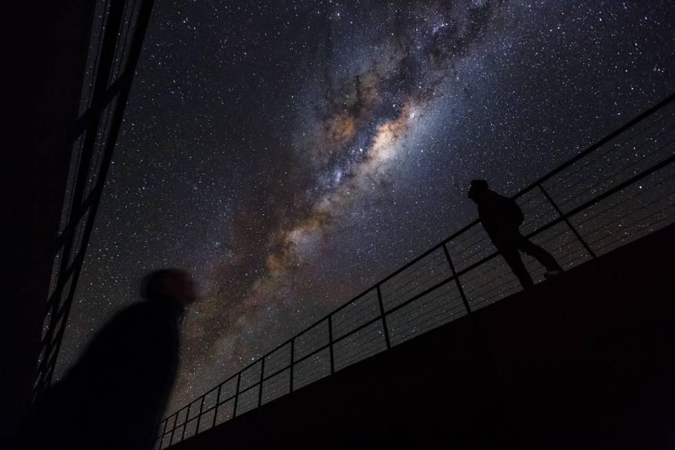 ¿El Sistema Solar también se expande como el universo?