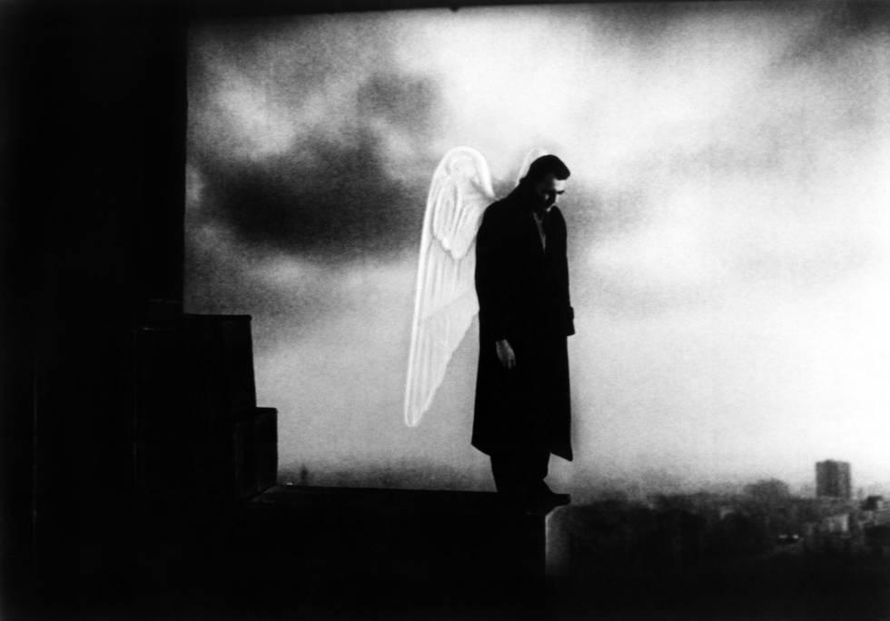 Fotograma de la película 'El cielo sobre Berlín' de Wim Wenders.