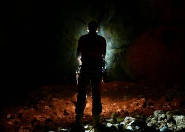 Spain's CJ-3: a suffocating cave that's as beautiful as it is deadly