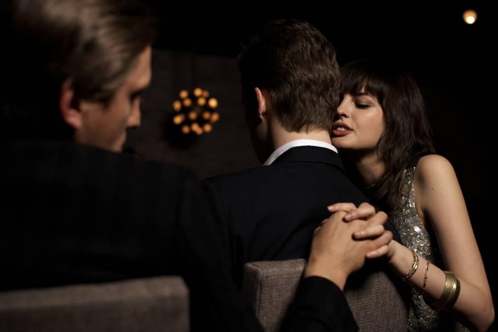 pareja busca pareja para intercambio soledad