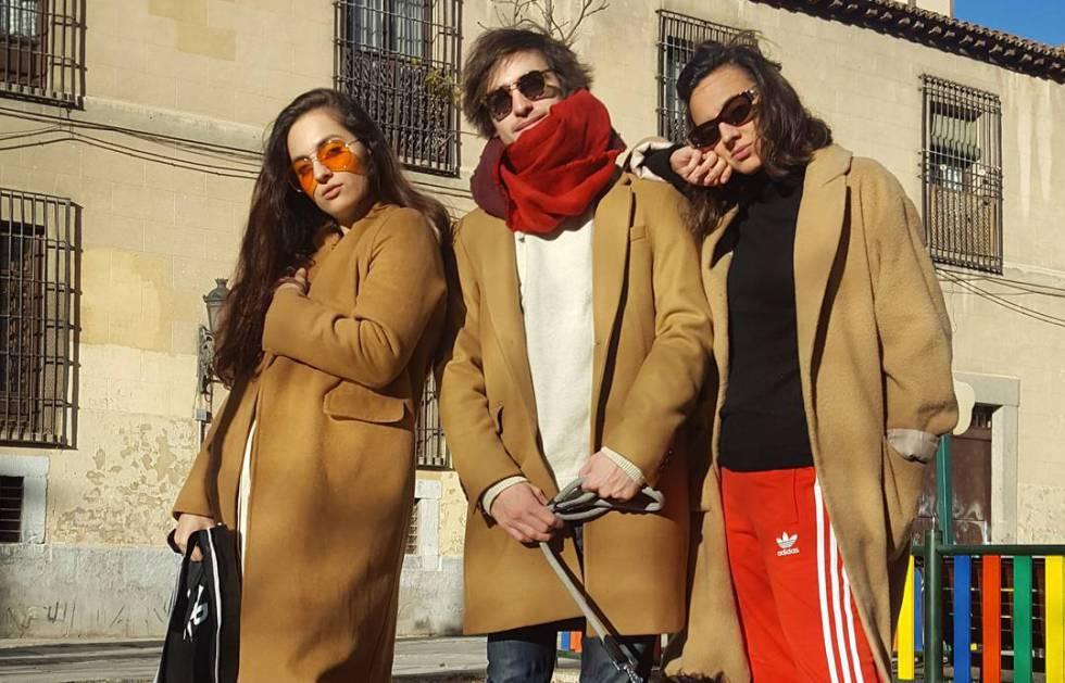 Por qué todos los modernos llevan este abrigo camel   9e9b692d472
