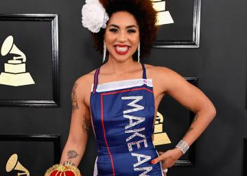Joy Villa lleva a los Grammy el 'Make America Great Again' de Trump