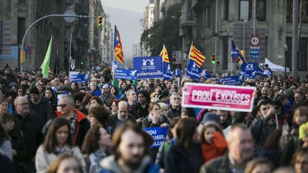 Manifestacion en favor de la acogida de refugiados el pasado sábado en Barcelona. rn