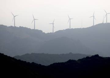 Spain fails to hit annual renewable energy targets in 2015