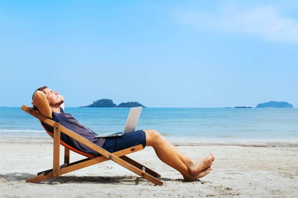 Cómo ganar dinero desde la playa o mientras duermes | Talento Digital | EL  PAÍS