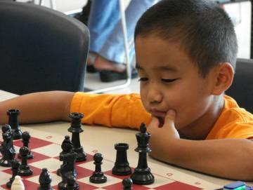 El ajedrez puede influir en la facilidad de los niños para las matemáticas.