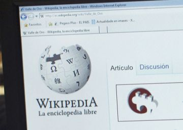 Autoexclusión hispana de Wikipedia