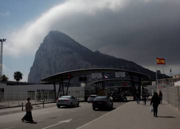 Brussels and Holland call on UK to tone down rhetoric over Gibraltar