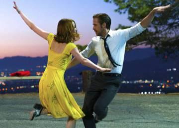 98661c8a2 Emma Stone responde al joven que la invitó a su baile de graduación ...