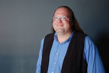 Ethan Zuckerman, director del MIT Center For Civic Media y uno de los creadores del premio a la desobediencia.