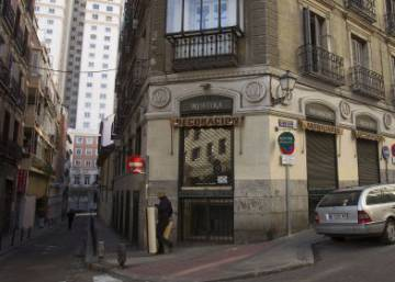 Rent hikes shut down small stores and bars across downtown Madrid