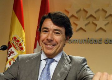 Ex-regional premier of Madrid arrested in major anti-corruption operation