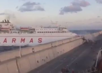 Video: Ferry crash in Canary Islands produces three-kilometer fuel slick