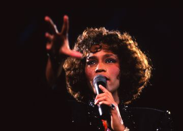 Un documental explora la bisexualidad de Whitney Houston