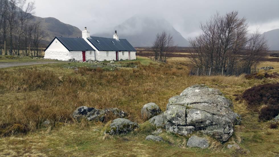 Cómo recorrer a pie los paisajes de 'Outlander'
