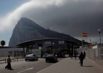 Brussels and Netherlands call on UK to tone down rhetoric over Gibraltar
