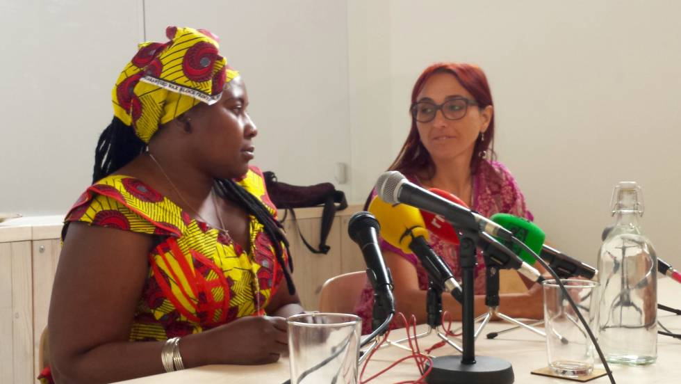 Sambou y Maleno durante la presentación del informe en Madrid.