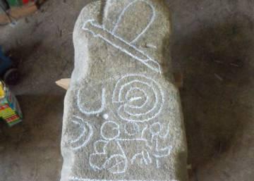 Castrelo do Val se resiste a entregar a Patrimonio el menhir que halló un vecino