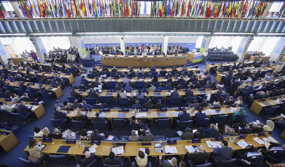 Inauguración de la conferencia bianual de la FAO, en Roma