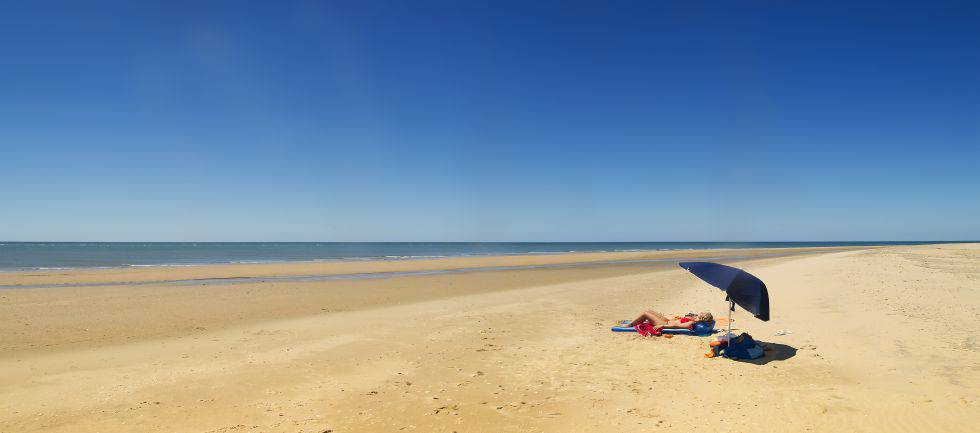 A total of 61.5% of the coastline of Huelva province is protected.